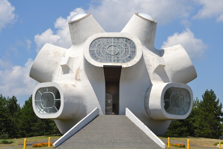 How Abstract Art Helped Bridge Divides in Yugoslavia